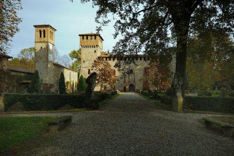 Castello di Grazzano Visconti veduta