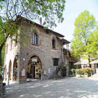 La casa nel borgo - Esterno