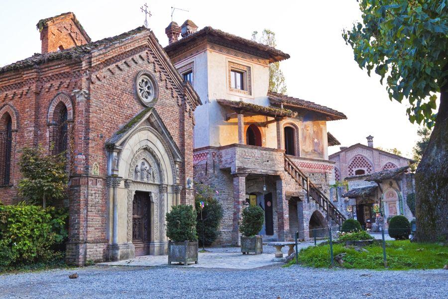 Chapel of the Madonna di Tutte le Grazie in Grazzano Visconti
